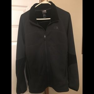 The North Face sweatshirt with zipper